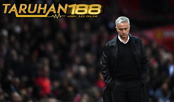 Terry Sebut Mourinho Kehilangan Karakter Di MU