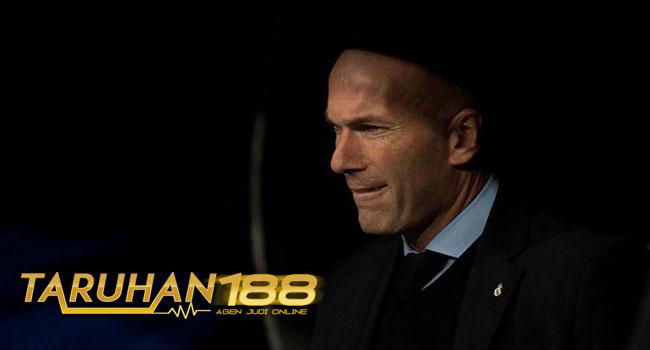 Zidane Tidak Tertarik Melatih Di Inggris